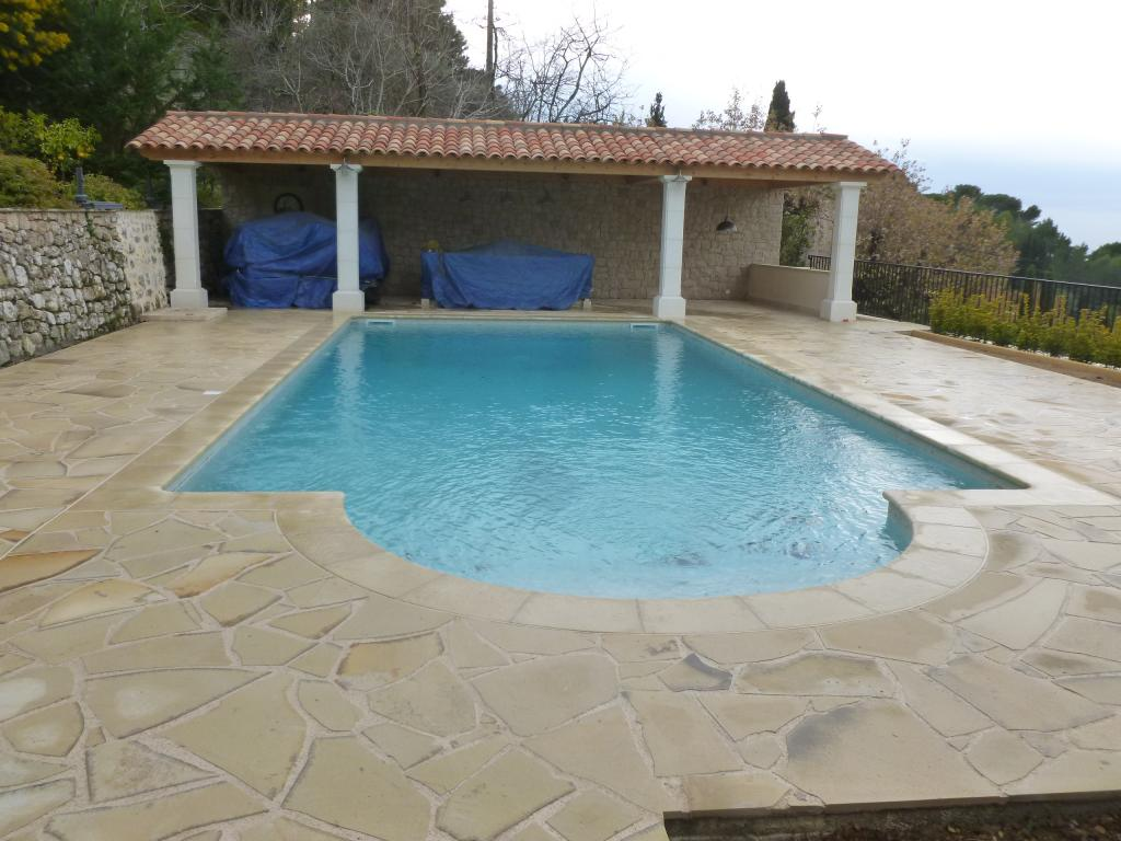 Piscine et pool house